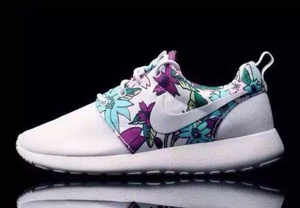 67da13a6d214 Floral Print Womens Roshe Nike Runs Shoes Nike Air Terra Sertig 1998 ...