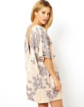 ASOS | ASOS - Robe à motif floral avec dos échancré en V chez ASOS