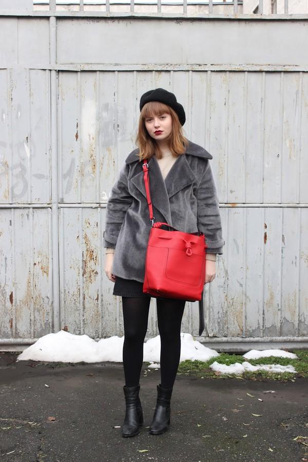 kristina magdalina blogger coat bag skirt sweater tumblr grey coat fur coat red bag mini skirt tights opaque tights boots black boots ankle boots beret