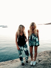 palms,girl,black,white dress,white,black and whie,pants,shirt,dress,tumblr outfit,tumblr outfit summer,tumblr shirt,green,palm tree print,batik,batik print,printed pants,print,ethnic print,jeans,top,shoes