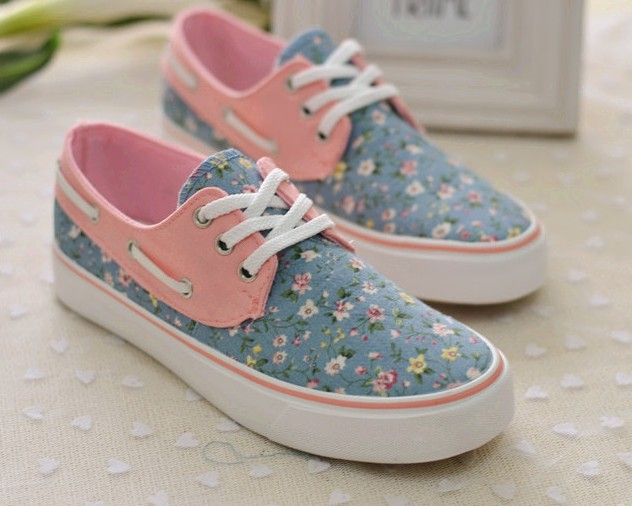 2014 New Hot sale princess women canvas floral print shoes women's casual sports running sneakers for lady flats shoes-inFlats from Shoes on Aliexpress.com