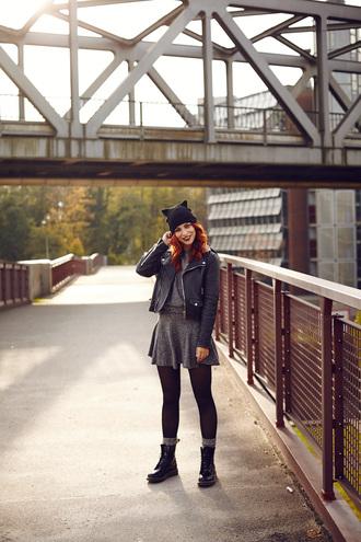 jacket socks drmartens blogger masha sedgwick tights cat ears beanie grey dress