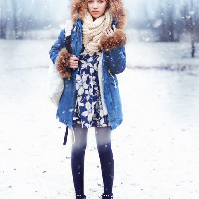 scarf shoes red lime sunday jacket tights winter outfits ukraine ombre tights aksinya air hit the road detachable fur denim jacket scarf red