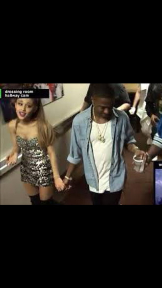 ariana grande big sean couple holding hands backstage vma cute silver dress