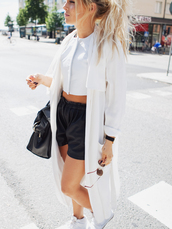 coat,jacket,white,black,summer,sun,sunglasses,bag,hair,ponytail,long hair,girl,fashion,shoes,shorts,shirt,blond,street,love,white coat,trench coat,white crop tops,long,coat white long thick,cardigan,top,bracelets,watch,crop tops,cropped,cute,zipped