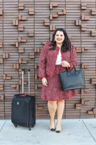 somethinggoldsomethingblue blogger skirt jacket blouse jewels shoes bag