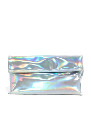 New Look | New Look – Clutch in holografischer Optik bei ASOS