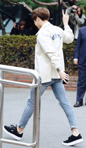 coat,bts,watch,jeans,shoes,iphone,jungkook,bangtan sonyeondan,kpop,korean fashion,bts jungkook,jeon jungkook,bangtan,bangtanboys,bangtan boys,kpop idol,korean style,korean celebrities
