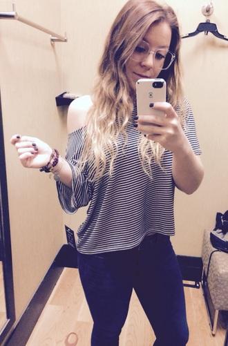blouse vintage striped shirt stripes t-shirt black and white black t-shirt white t-shirt off the shoulder loose tshirt