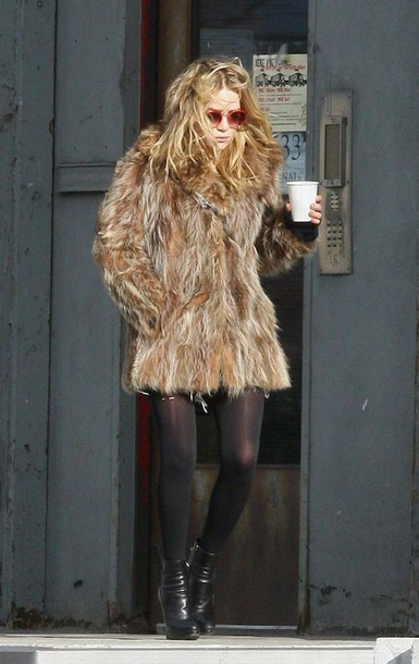 coat mary kate olsen