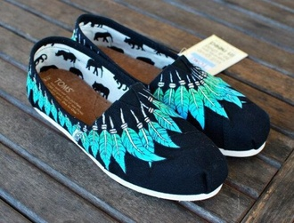 shoes toms dark blue feathers