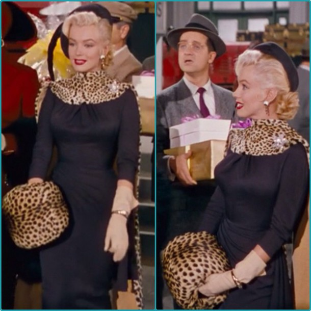 bag leopard print hand muff marilyn monroe style leopard cape