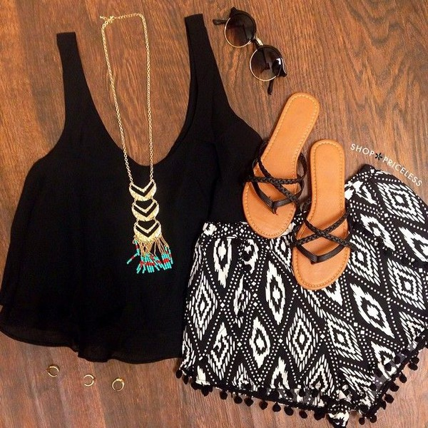 aztec boho boho chic summer outfits summer outfits black printed shorts cloth shorts top shoes sunglasses jewels