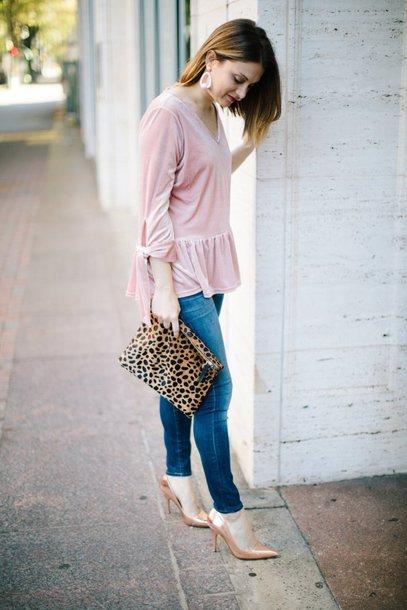polishedclosets blogger top jeans shoes jewels bag