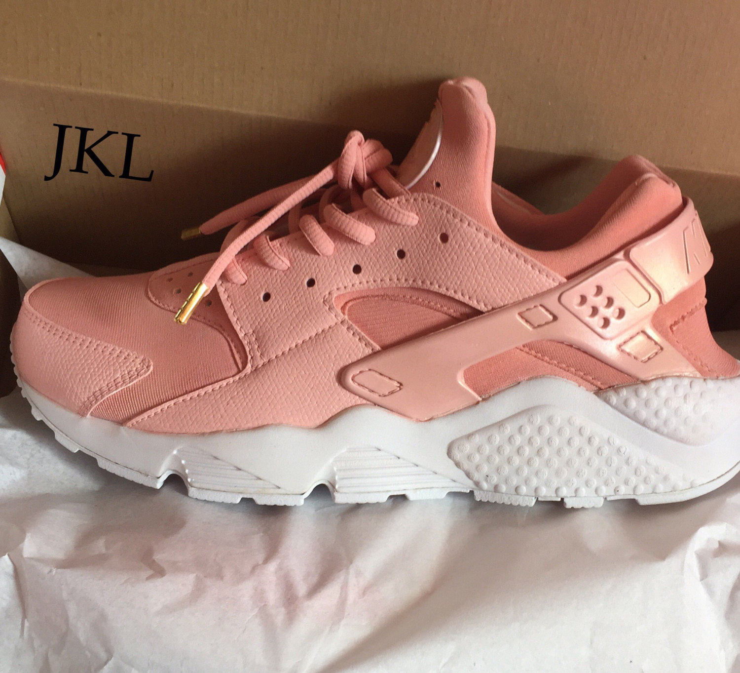 4305e5ccac19 Rose Gold PEARL Nike Air Huarache White sole customs