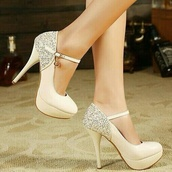 shoes,nude,ankle strap,stilettos,high heels,cute,white,cream high heels,glitter,prom shoes,formal shoes,platform shoes,black heels,heels,sparkle,prom,nude leather stilettos with sparkles,nude shoes,platform pumps,pumps,sequins