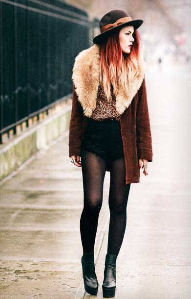 le happy blouse shorts coat shoes hat