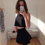 blouse,crop tops,box pleats,black,set,skirt