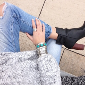 sweater winter sweater knitted sweater knitwear grey sweater grey gray winter outfits jewels jewelry silver bracelets silver bracelets boho boho chic boho jewelry hippie hippie chic hippie jewelry turquoise turquoise jewelry silver ring rings silver jeans denim ripped jeans boots black boots winter boots shoes heel high heels black shoes