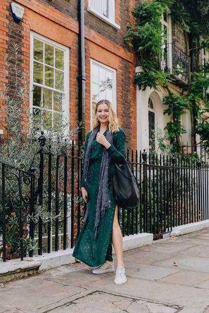 cocos tea party blogger t-shirt jacket jeans bag jewels fall outfits maxi dress