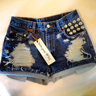 high waisted denim short destroyed with studs