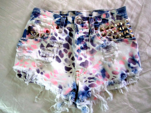RETRO Vintage Cheetah Print STUDDED Tie Dyed LEVIS by Mushuhlove85 on we heart it / visual bookmark #19832530