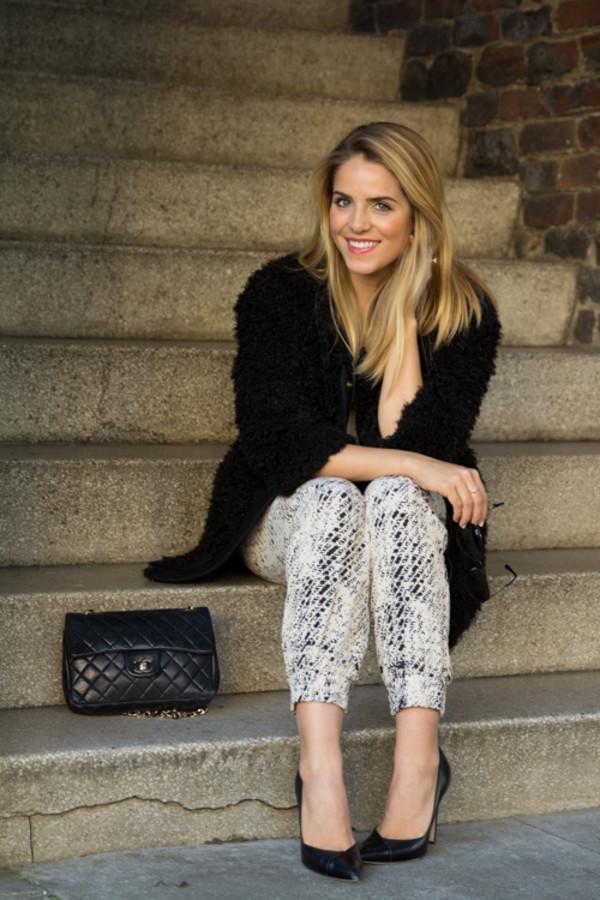 gal meets glam pants t-shirt jacket jewels shoes bag