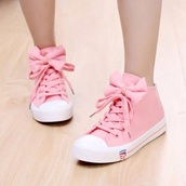 shoes,rosa pink sneaker,loop,sneakers,pink bow,tennis shoes,pink shoes,bows,with bows,kawaii,pink