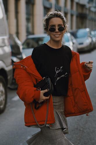 mesvoyagesàparis blogger coat t-shirt skirt sunglasses bag gucci bag red coat winter outfits