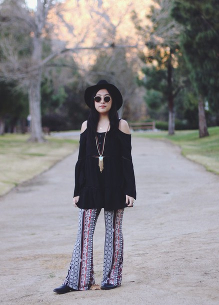runaway in la blogger hippie necklace wide-leg pants off the shoulder 70s style