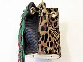 bag,bucket hat,bucket bag,leopard print