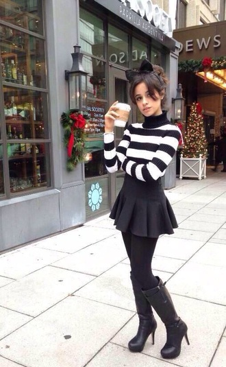 mini skirt black skirt turtleneck striped sweater cropped sweater hair bow black boots