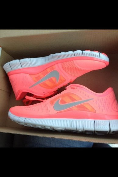 shoes nike nike running shoes pink running run freerun