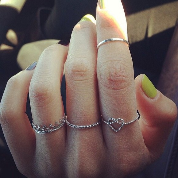 ring t-shirt accessorie