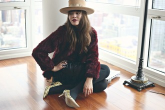 natalie off duty blogger hat pointed toe burgundy faux fur coat skirt shoes