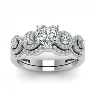 jewels white heart diamond ring set pretty halo design prong set heart shaped diamond wedding set with white diamond wedding ring set bridal ring set evolees.com