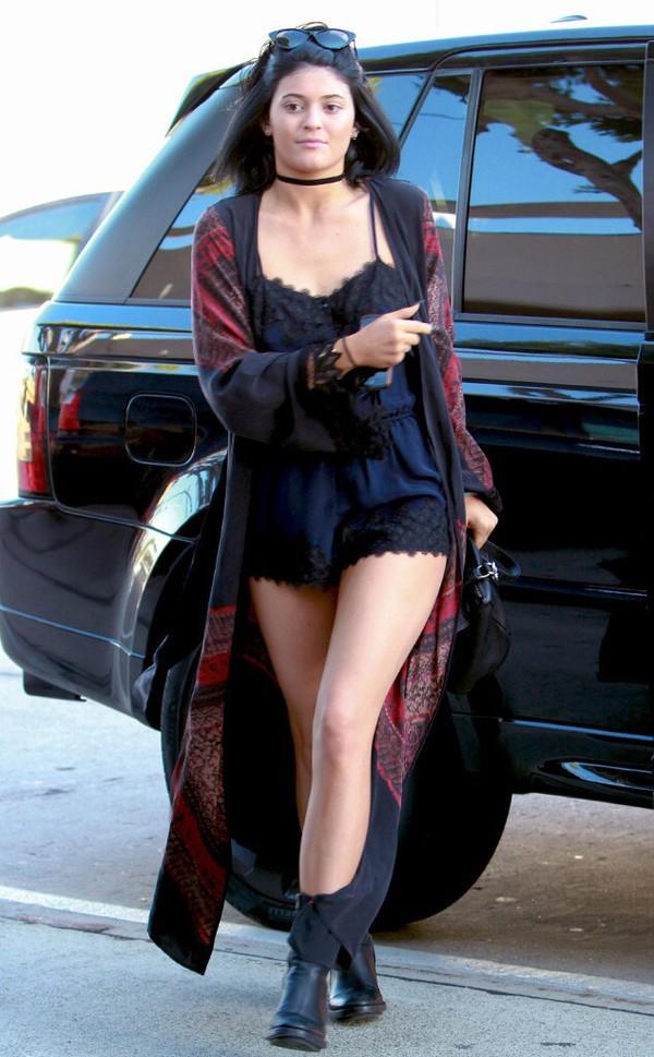 jumpsuit kylie jenner kylie jenner kimono lace cardigan