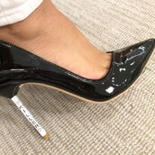 shoes,heels,patent shoes,patent leather,pumps,high heels,black heels,black,cute,killer