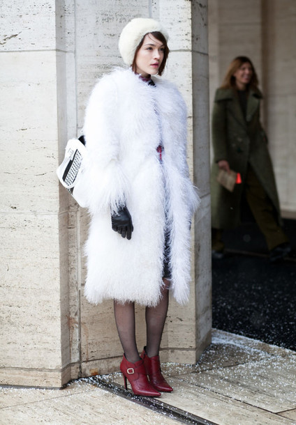 coat white fur coat fur coat white coat winter coat boots red boots booties ankle boots high heels boots hat white hat bag white bag winter outfits white fur hat