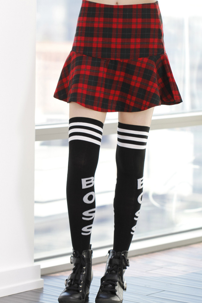 Plaid Wave Flare Skirt-Red | Obsezz