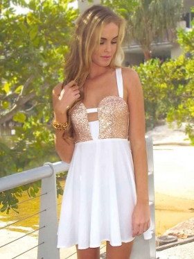 A-line Straps Chiffon Short/Mini Sleeveless Beading Cocktail Dresses