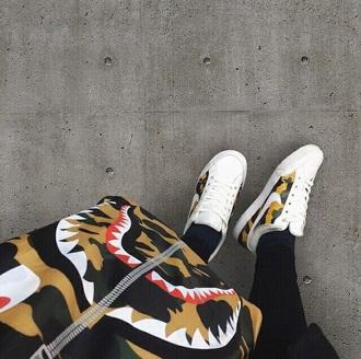 shoes camouflage sneakers sport white black menswear women woman girl green