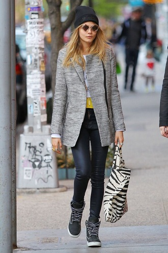 shoes cara delevingne sneakers