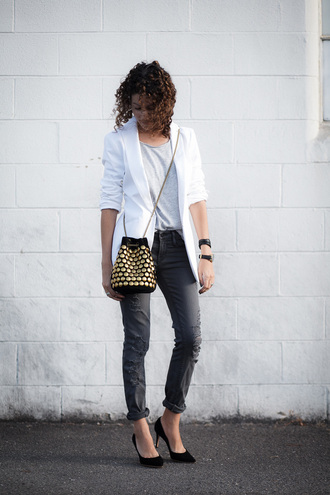 alterations needed blogger jacket t-shirt jeans shoes blazer white jacket black jeans ripped jeans mini bag shoulder bag grey top black heels grey t-shirt white blazer bucket hat pumps pointed toe pumps black pumps high heel pumps embellished bag