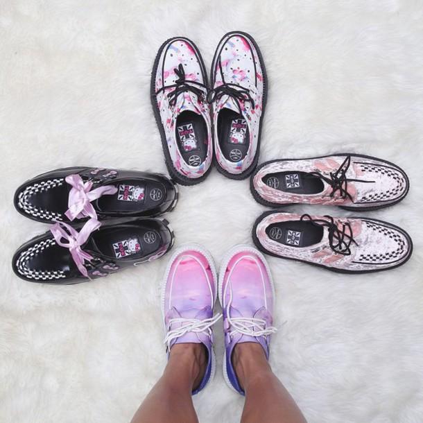 e5371fd12de shoes tuk zooshoo zooshoo shoes platform shoes creepers tuk creepers hello  kitty hello kitty shoes pink