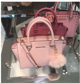 bag pink baby pink cute love lovely winter outfits summer fall outfits spring michael kors fluff poof fluffy purse red studs handles gold tumblr fancy accessory