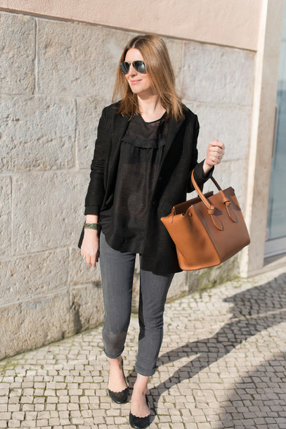 the working girl bag t-shirt coat jeans jewels