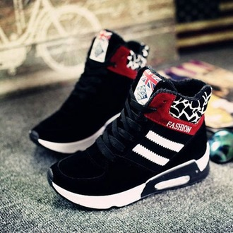 shoes snickers casual casualshoes athletic black blackshoes wintershoes nike shoes adidas reebok fashionstyle sports shoes sporty sportswear platform shoes ladies shoes women shoes suede shoes original style original shoes