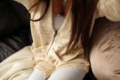 vest,veste,white,laine,jacket,sweater,cardigan,zip up,zip,clothes,top,bash,cute