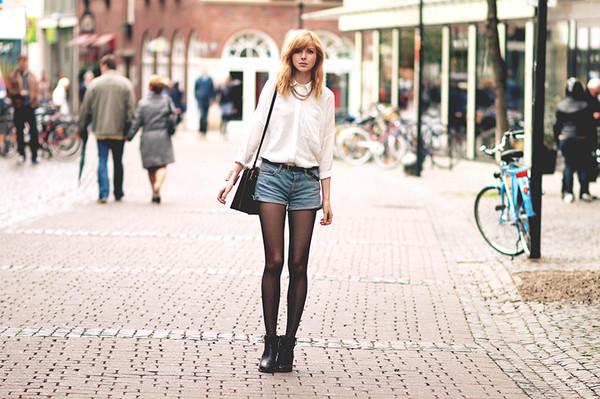 bekleidet shirt shorts shoes bag